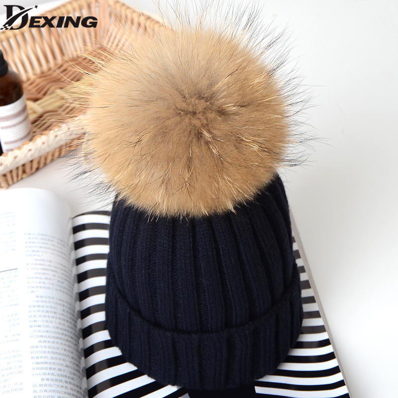 Natural Raccoon Fur Pom Poms Hat Female Warm Wool Women's Cap Twist-type Knitted Girl Winter Hats 2017 skullies Beanies wool felt cowboy hat stetson black 50cm
