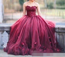 2019 Burgundy Ball Gown Princess Quinceanera Dresses vestidos de 15 anos Lace Bodice Basque Waist Long sweetheart Prom