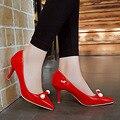 2017 Новая Мода Бисером ПР Стиль Офис Карьера Женщины Патент кожа Насосы Сексуальные Острым Носом На Высоком Каблуке Весна Осень Обувь WO060