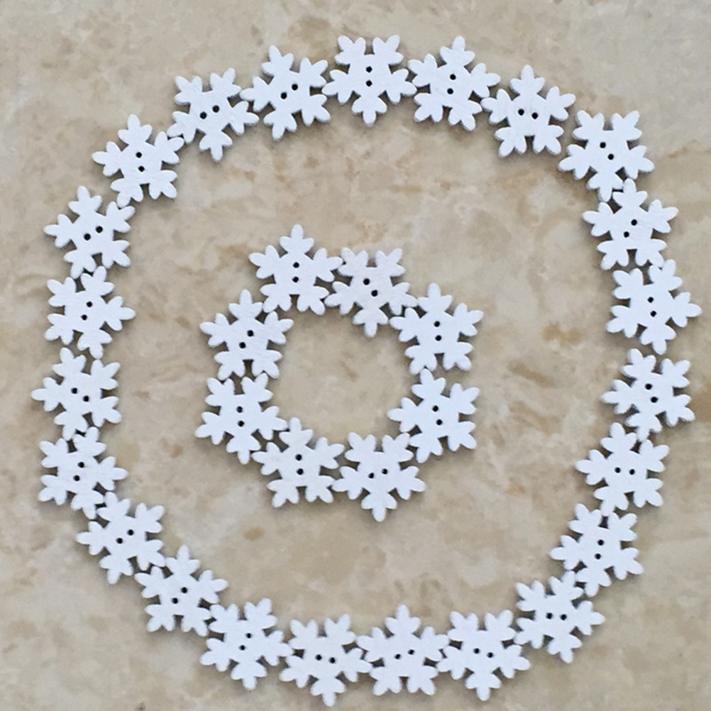 50pcs Christmas Holiday Wooden Collection Snowflakes Buttons Snowflakes Embellishments 18mm Creative Decoration Buttons