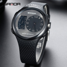 2019 new fashion watch mens junior high school students electronic waterproof night light sports