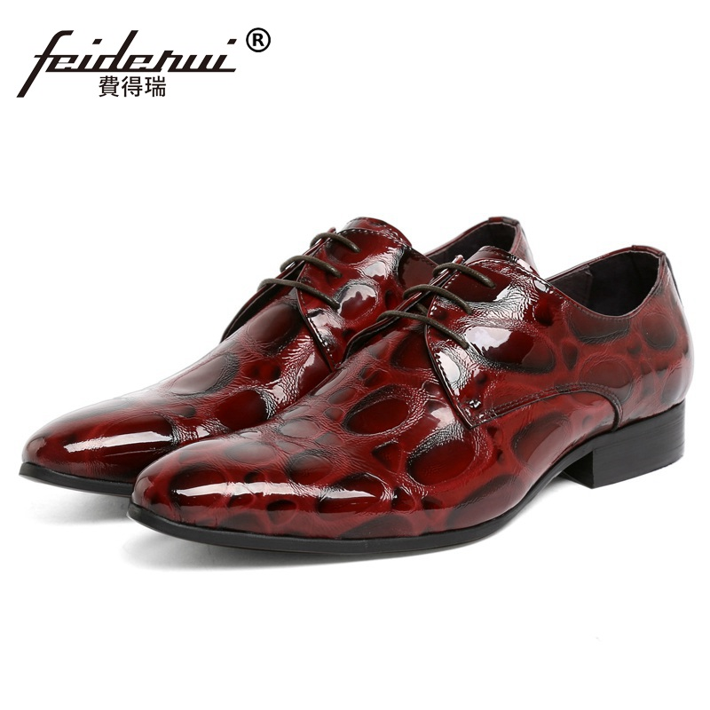 Здесь продается  Pointed Toe Man Wedding Dress Shoes Patent Leather Male Luxury Brand Oxfords Italian Designer Men
