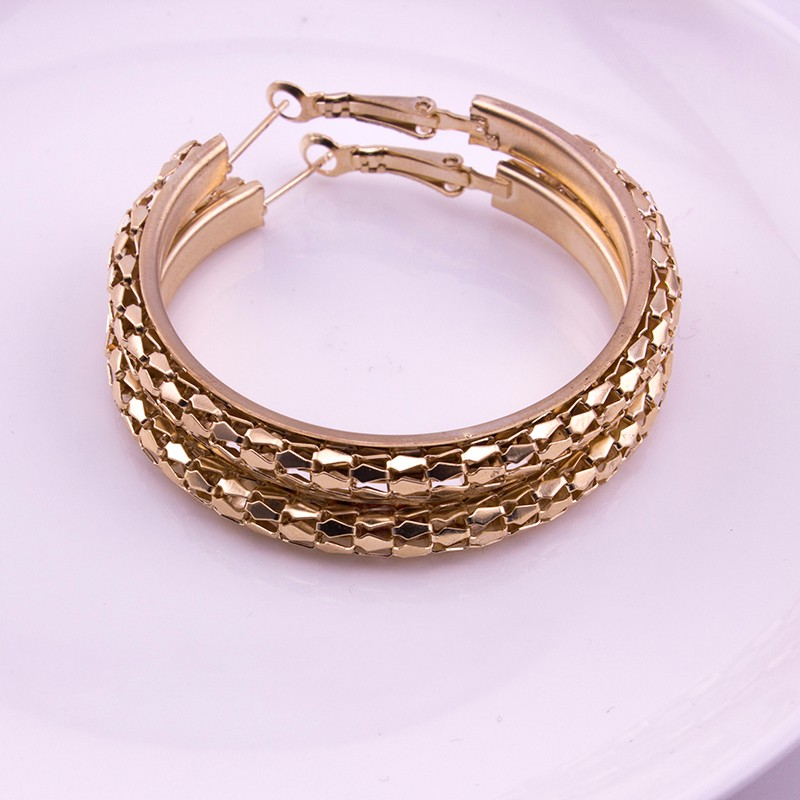 HTB1Puj9OFXXXXbOXVXXq6xXFXXX5 - Simple Fashion Style 5CM Big Hoop Earrings Jewellery for Women Metal Alloy Vintage Round Earring