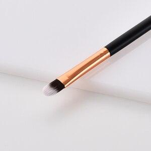 Image 4 - BBL 1 חתיכה קטן קונסילר מברשת Tapered קונסילר מיזוג מברשת עבור קרם צלליות סינטטי איפור מברשת Pincel Maquiagem