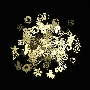 Image 3 - 1 scatola Di Natale In Metallo Oro Fette di Unghie artistiche Decorazioni 3D Hollow Fiocchi di Neve star Paillettes Chiodo Progetta Accessori Manicure TR886