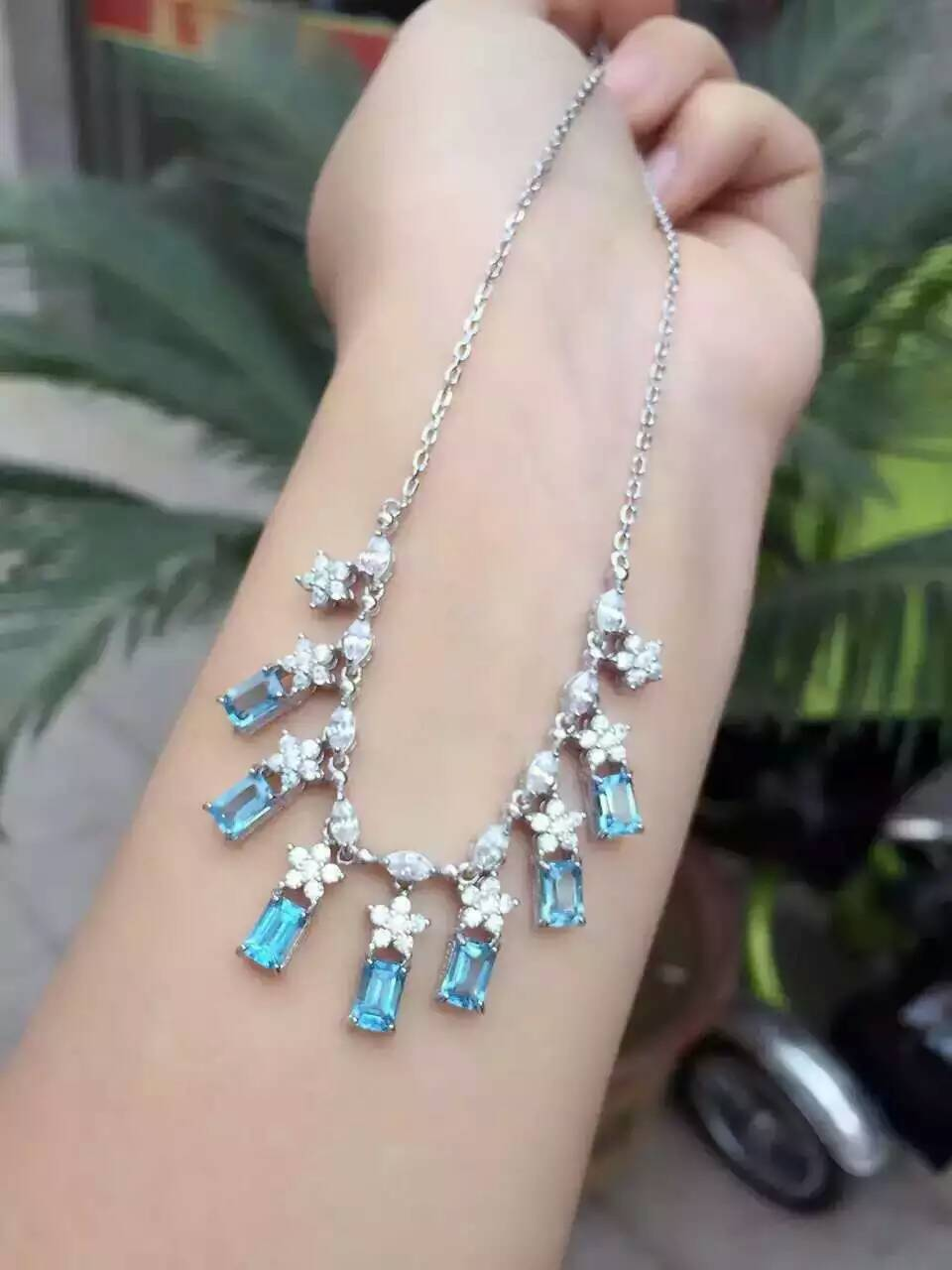 Natural blue topaz stone Necklace Natural Gemstone Pendant Necklace 925 sliver trendy Luxury Square snowflake women JewelryNatural blue topaz stone Necklace Natural Gemstone Pendant Necklace 925 sliver trendy Luxury Square snowflake women Jewelry