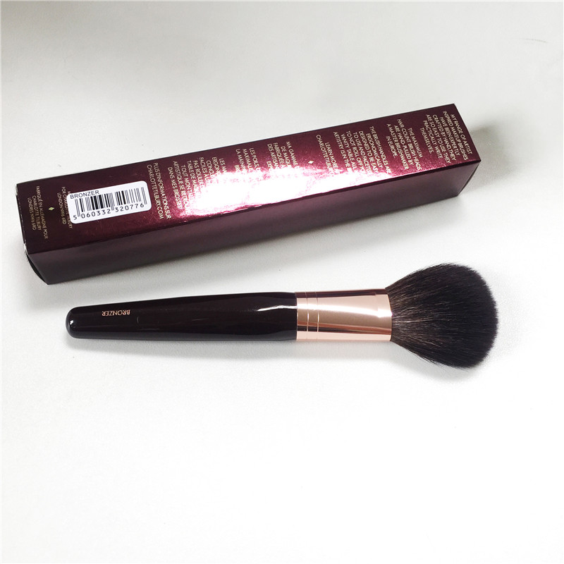 The Bronzer Brush - Squirrel Hair & Goat Hair Mix Powder Brush - Beauty Makeup Blender Tool Applicatior