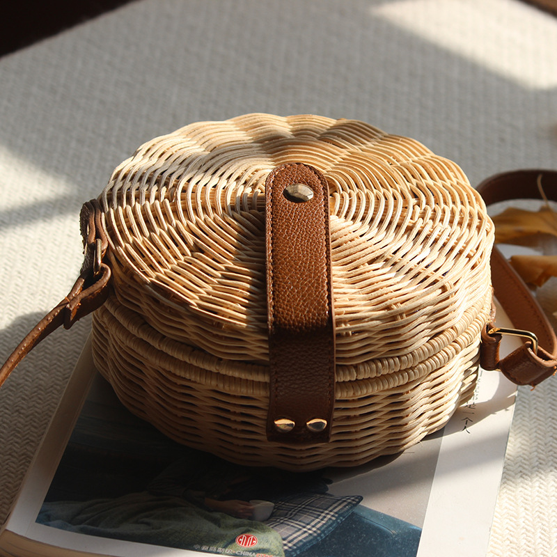 Round Rattan Bag Female Straw Beach Bag Holiday Bag Shoulder Diagonal Bag 3