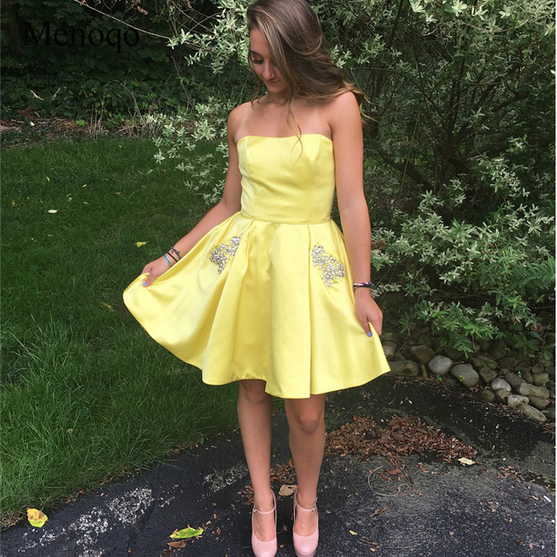 Dlass 2019 New Mini A-Line Short Homecoming Dresses With Diamonds Pockets Yellow Satin Short Prom Party Dresses Graduation Dress