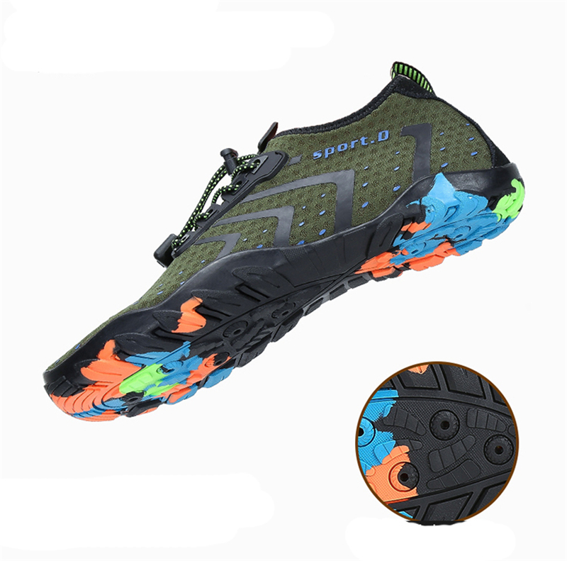 Summer Water Shoes Men Breathable Aqua Shoes Beach Sandals Sport Slippers Upstream Shoes Women Diving Socks Tenis Masculino