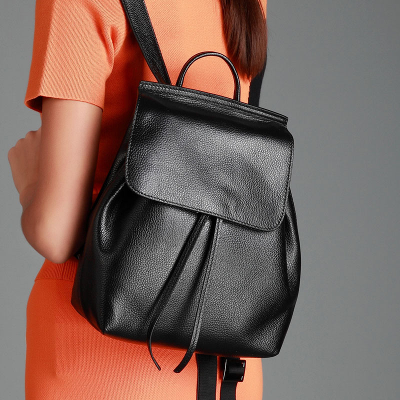 2018 Leisure Solid Drawstring Backpacks Fashion Brand Designer Women Bagpack Small Cow Genuine Leather School Bags For Girls