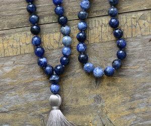 Image 4 - Collar de meditación con borla suave de sodalita faceteadas naturales de 8MM, collar de mujer con 108 cuentas, Mala