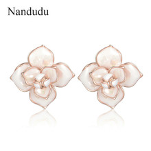 Nandudu New Arrival Camellia Earrings Accessories Flower Stud Earring Woman  Girl Elegant Fashion Jewelry Gift CE293 6c7670cbcbc2