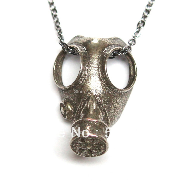Doctor Who Anti-silver Steampunk Apocalypse Gas Mask Pendant Necklace