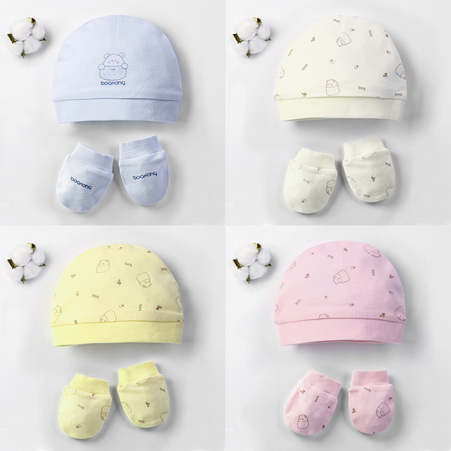 c02c2a002c8 Autumn Winter Baby Hat and Mittens Girl Boy Cap Socks Comfy Infant Hat    Gloves Cotton