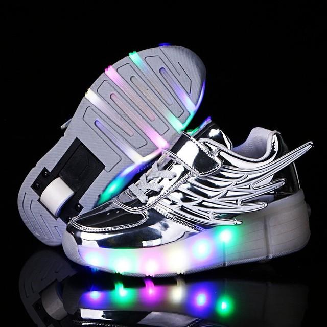 Sapatas dos miúdos Para Meninas/Meninos Crianças sapatos de Rolo Flash de Luz Até Sapatos Com Rodas Sapatilhas Sapatos Primavera do DIODO EMISSOR de Luz/outono