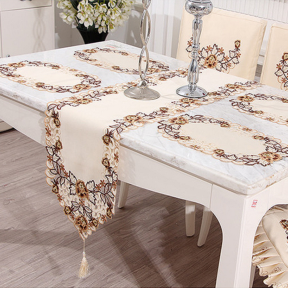 Yazi 4PCS Floral Oval Table Placemats Fabric Table Doily Cover Mats 30x45CM  Wedding Party Dining Decoration
