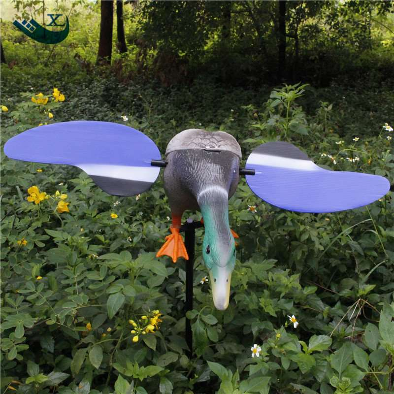 Xilei  Factory Wholesale Eco-Friendly Plastic Mallard Drake 6V Motor Duck Decoy Hunting Equipment With Magnet Spinning Wings