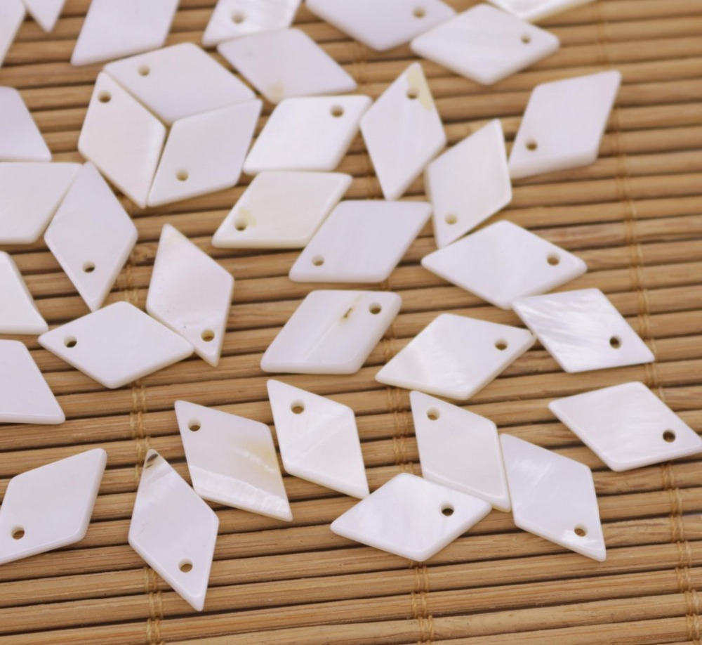Купить с кэшбэком 50 PCS Rhombus Shell Natural White Mother of Pearl Charms Pendants 9mmx15mm