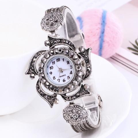 Shsby women Jewelry Watches Casual Quartz Bracelet Watch lady flower Rhinestone Clock Women Luxury Crystal Dress Wristwatches Multan