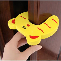 2 pcs wholesale kid finger protector door stopper lock jammers pinch guard baby safety.jpg 250x250