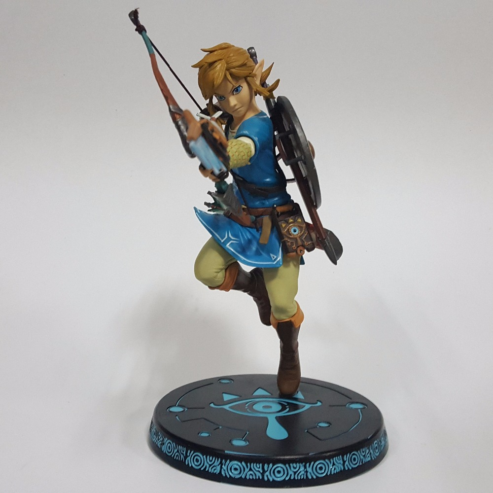 The Legend of Zelda 320mm PVC Action Figure Anime Game Zelda Link Breath of the Wild Collectible Model Toy anime the legend of zelda 10cm boxed action figure toys c0a311