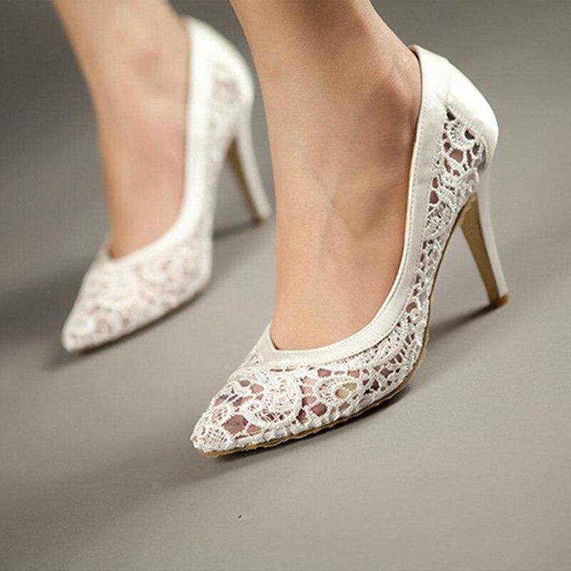 ผู้หญิง Cutout ซาตินผ้ารองเท้าส้นสูงเซ็กซี่รองเท้าตื้นปากชี้ Toe ของแท้หนังเจ้าสาวปั๊ม-ใน รองเท้าส้นสูงสตรี จาก รองเท้า บน AliExpress - 11.11_สิบเอ็ด สิบเอ็ดวันคนโสด 1