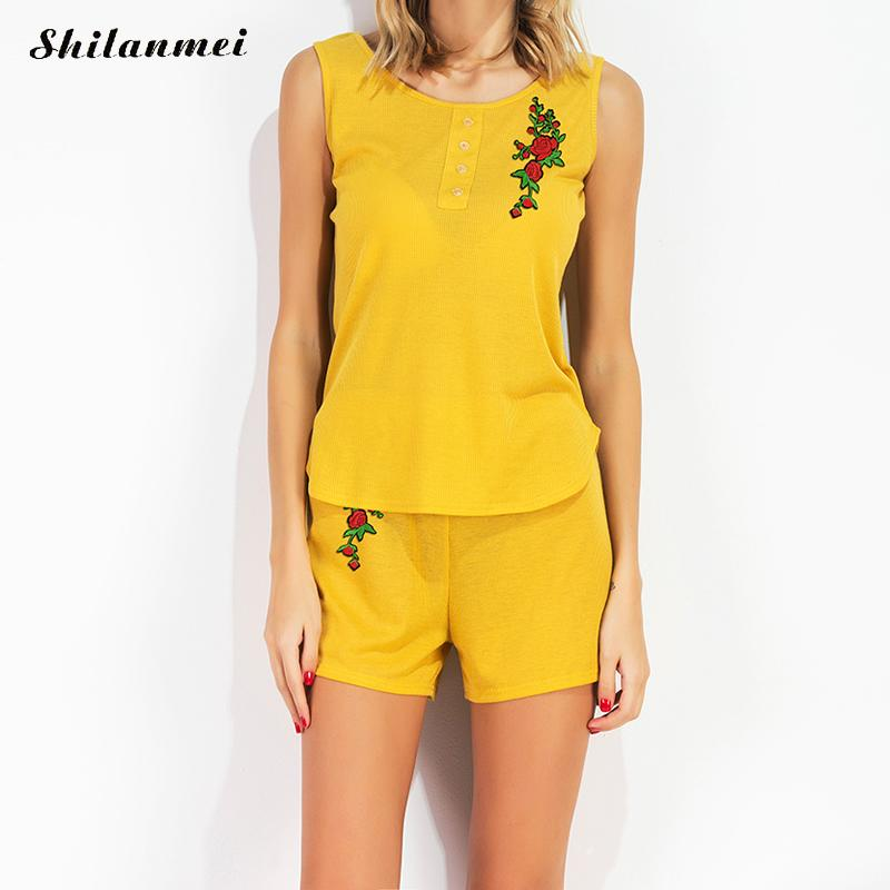 Womens Sets Yellow Embroidered Floral Sleeveless Top And Shorts Sweat Suits Women Summer Tracksuits Runway Outfit Sporting Suit