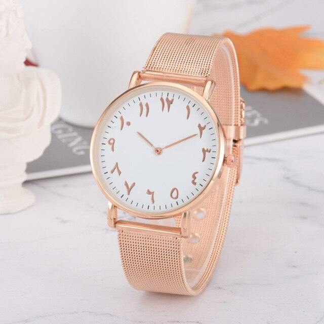 b7a1ffc1841 Mulheres da forma do Relógio Criativo Numerais Arábicos Pulseira de Aço  Inoxidável relógio de Pulso Das