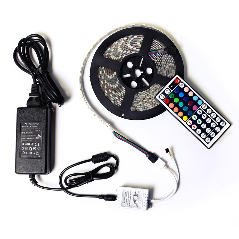 SMD5050 Waterproof 60led / m 5m 300leds RGB Led Strip Fleksibel Light 44key Remote Controller 12V 5A Transformer Home Decoration