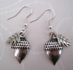 Design Silver Bijoux Leaves Acorn Drop Earrings For Women Newest Fashion Jewelry Dangle Earrings Statement Earrings Girls Gift