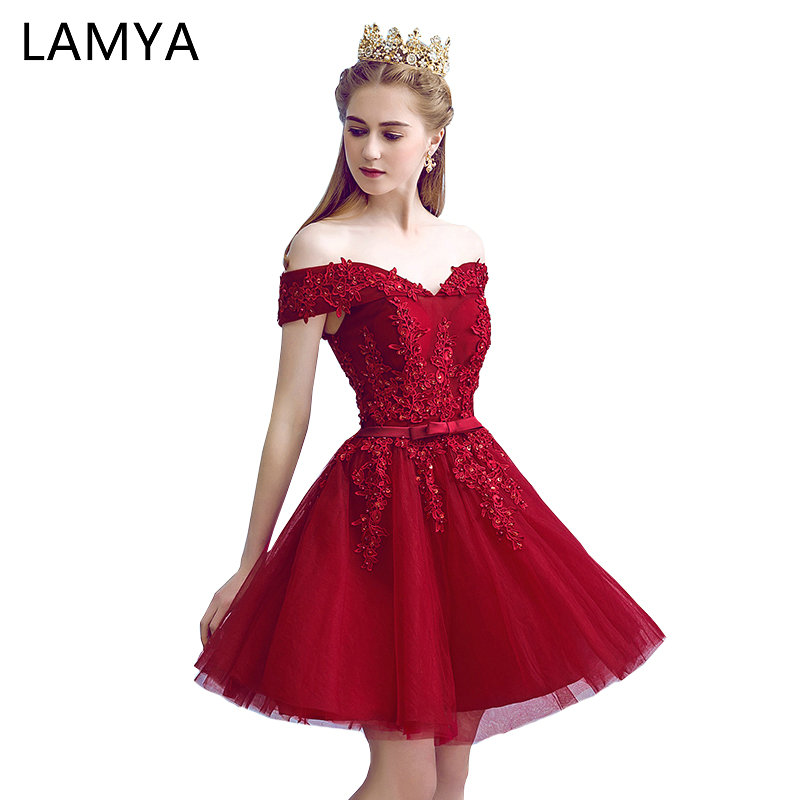 LAMYA Sexy Red Lace Elegant Knee Length Prom Dresses 2018 New Arrived Women  Beading A Line Evening Party Dress With Bow d9ad1075e