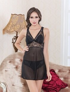 The new translucent black lace is sexy nightgown La vie en rose dovetail  skirt 55d3b1cf3