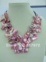 Sweet Girl Pink Handmade shell slice pearl Knit Beautiful Flower Bib V-neck Chain Necklace Chunky Hide Rope Gift