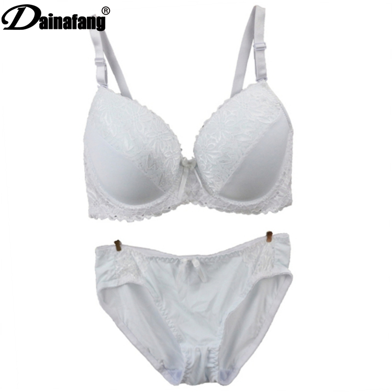 DAINAFANG 2020 The New Womens BCDE Cup Push Up Plunge BH-sett Sexy dameundertøy sett blonder Vannundertøy V-BH