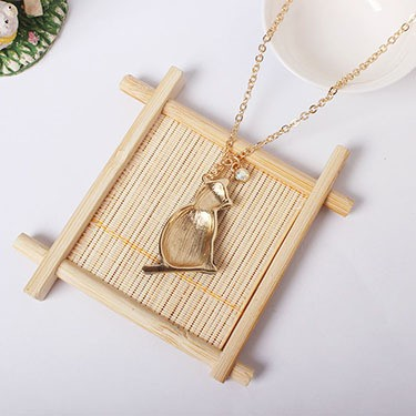 1PC Fashion Jewelry Enamel Cat Pandent Necklaces For Women Gold Color Star Sweater Necklace Bohemian Chain N921 7