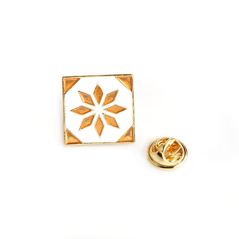 Vintage-Flower-Tiles-Brooch-For-Women-Men-Fashion-Enamel-Bag-Shirt-Jacket-Collar-Badge-Pins-Button(2)
