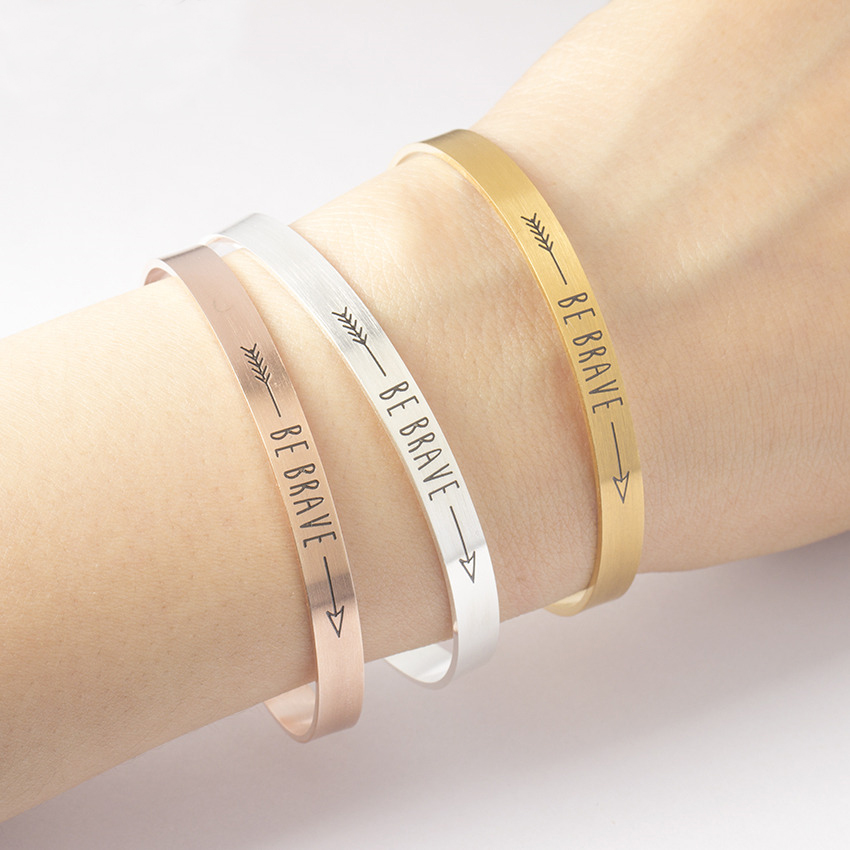 BE Brick Inspirational Quote Gelang Wanita Lelaki Mantra Barang Kemas Hadiah Surat Arrow Bangle Arm Cuff Gelang Manchette Femme BFF