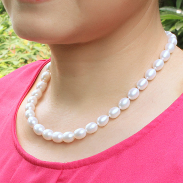 Women Natural Freshwater Pearl Necklace