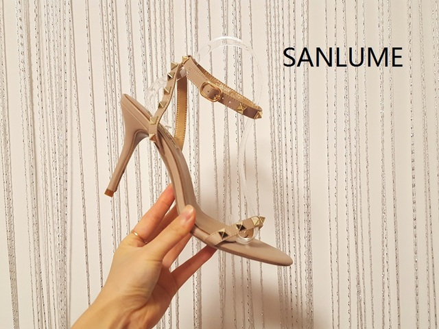 Brand SANLUME 9.5 cm heel 2017 new summer Thin heels rivet party shoes sandals women pumps