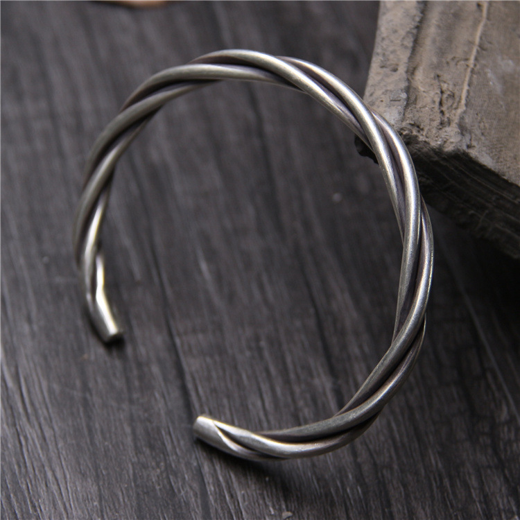 silver Thailand handmade silver 925 sterling silver bracelets Do old vintage twist weaving bracelets for men and women silver Thailand handmade silver 925 sterling silver bracelets Do old vintage twist weaving bracelets for men and women