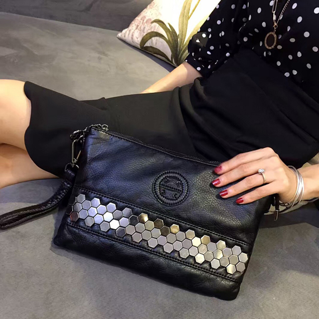 Rock Stud American Fashion Style Women Punk Rivet Evening Bag Ladies Black Real Cow Leather Studs Clutch Handbag Rivet Evnelope