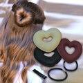 1 PC Venda Quente Magia Esponja Cabelo Coração Moda Portátil das Mulheres forma de Disco Cabelo Modelador de Cabelo Titular Bun Maker para Mulheres Z3