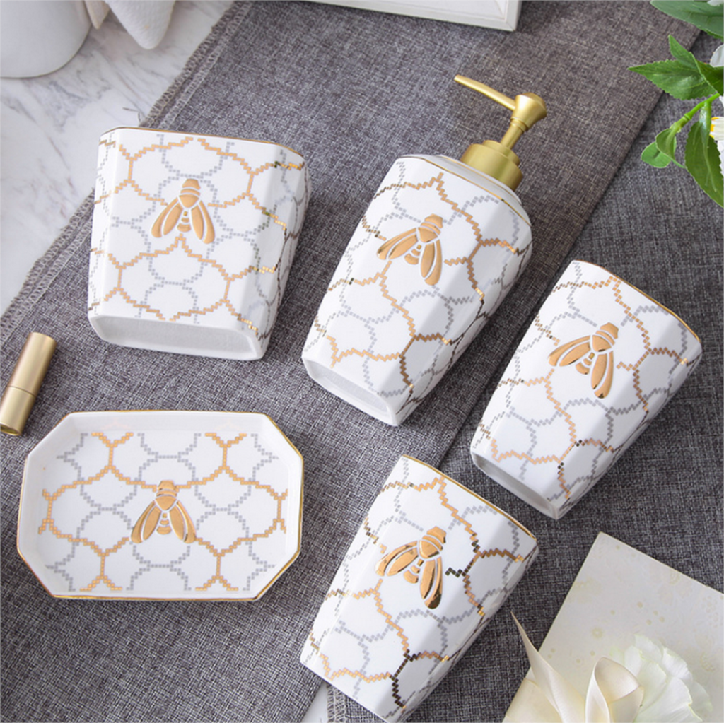 Exquisite Five piece Set Ceramics Bathroom Accessories Soap Dispenser Toothbrush Holder Soap Dish Bathroom Products Gift LFB286