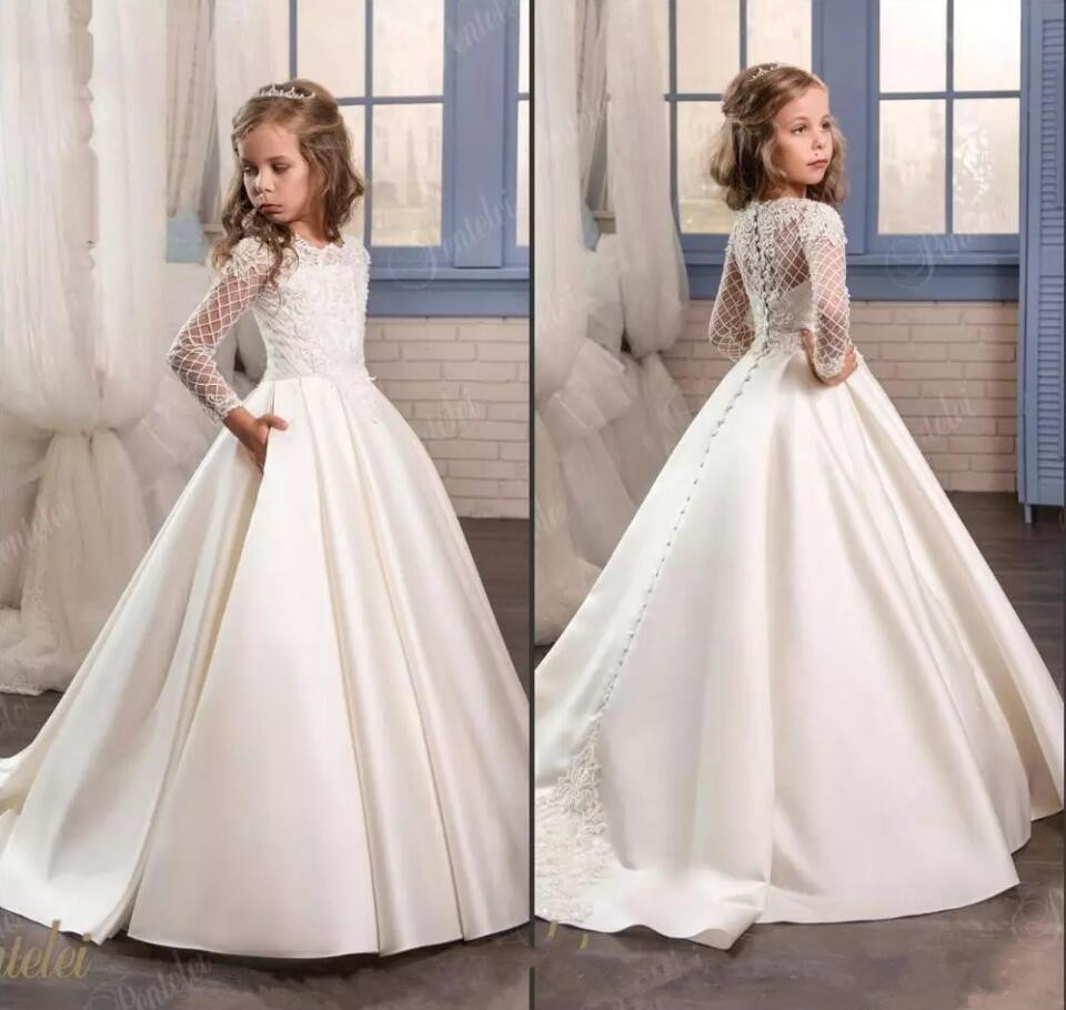 2019 Princess White Lace Flower Girl Dresses Long Sleeves First Communion Gowns Birthday Party Dresses with Buttons Pageant Gown gown