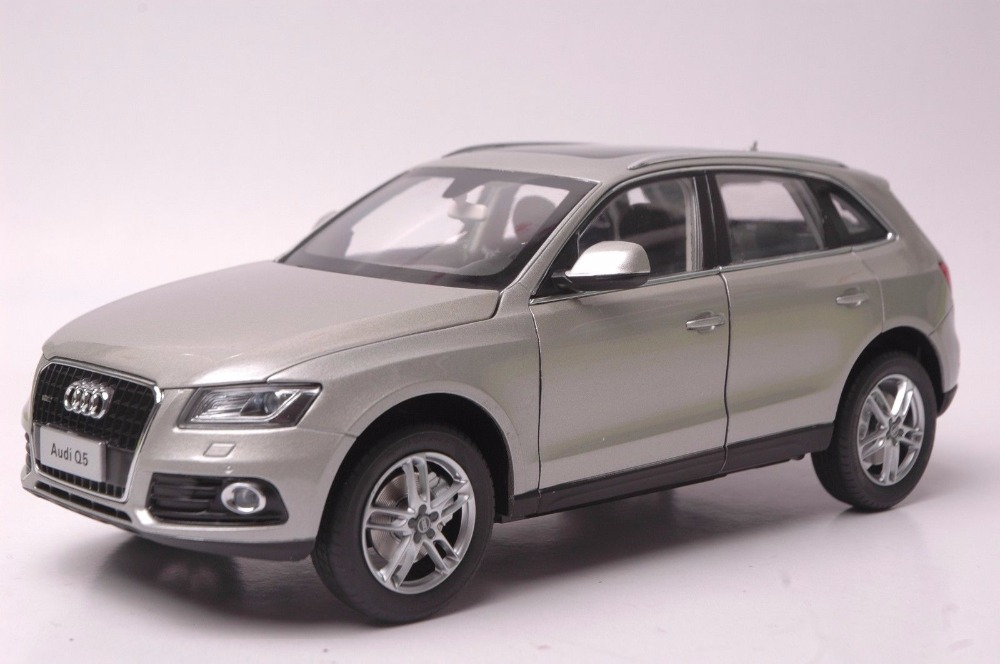 1:18 Diecast Model for Audi Q5 2013 Silver SUV Alloy Toy Car Miniature Collection Gifts 1 18 vw volkswagen teramont suv diecast metal suv car model toy gift hobby collection silver