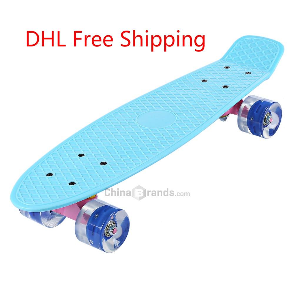 Prix pour 22 Pouces Skate Board Banane Style Mini Cruiser Longue Planche Pastel Couleur Enfant Adulte planche à Roulettes de Poissons avec LED Clignotant Roues