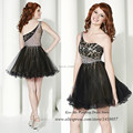 Vestidos de Coctel Black Fashion Lace Short Cocktail Dresses one Shoulder Crystals Dress for Party Over Modest Homecoming Dress