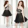 Vestidos de Coctel moda preto curto Vestidos de um ombro cristais vestido de festa do baile Modest vestido