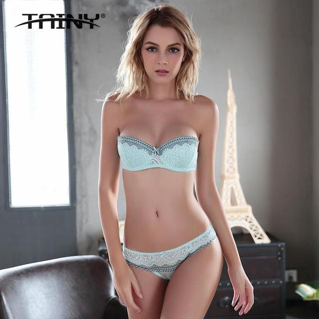 2017 New Tainy 1/2 Cup Underwire Lace Ultra-thin Breathable Comfort Sexy Embroidery Lace Bra & Brief Sets